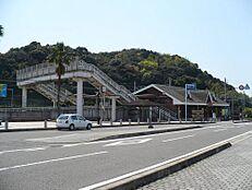 駅広川ビーチ駅まで2005m