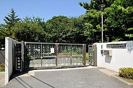 高松中学校
