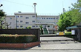 国立市立国立第七小学校 198m