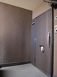 玄関扉交換実施済。H29.4月撮影