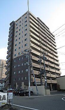 マンション(建物一部)-会津若松市中央3丁目 ツートンカラーのおしゃれな外観です