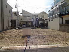 JR立花駅徒歩13分。阪急武庫之荘駅も徒歩17分と2way利用可能な売土地です。更地ですよ。