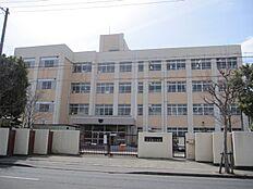 安室東小学校