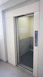 エレベーター有で重い荷物もストレスなく運べます