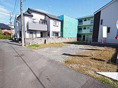 周囲は閑静な住宅街です。建築条件外しも可能です。
