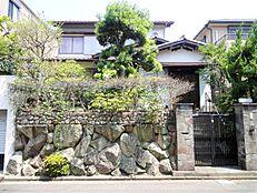 阪急園田駅徒歩14分。南向の土地です。土地面積53坪超の大きな土地です。