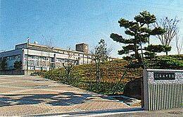 長坂中学校 徒歩37分(2900m)