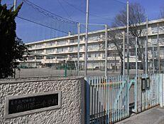 鶴川第二中学校まで約2950m