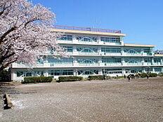 町田市立南大谷中学校(1484m)