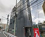 人通りが多い場所にある物件です。 山手線/大江戸線「代々木」駅徒歩4分
