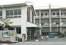 直川小学校