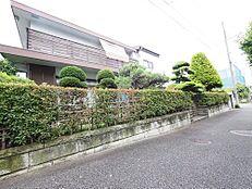 西武新宿線「田無駅」徒歩10分の立地に売地が登場しました。前面は交通量も無く魅力です。是非一度、現地をお確かめください。