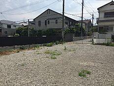 前面道路含む現地土地写真(東側より撮影)