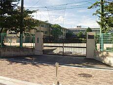 西宮市立安井小学校(651m)