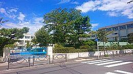 半田小学校150M、東半田保育園170Mとお子様の通学に便利です。