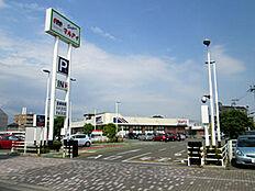 マルアイ加古川駅前店 約320m