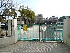 阿弥陀小学校 約1500m