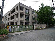 加古川市立上荘小学校まで1500m