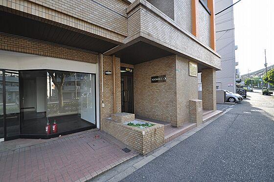 ビル(建物全部)-北九州市小倉南区徳力7丁目 お洒落な外観にマッチした入口