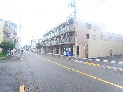 マンション(建物全部)-世田谷区中町4丁目 前面道路