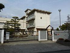 米田小学校(約540m)