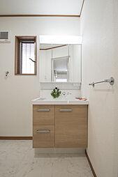 三面鏡で使いやすい洗面化粧台(新品)