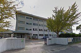 山の田中学校560m徒歩7分