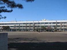 田無第三中学校まで1000m、徒歩13分