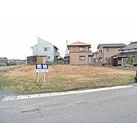 北側道路面からの写真です。