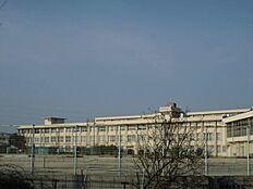 河北中学校