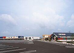スーパーイズミヤスーパーセンター 紀伊川辺店まで1699m