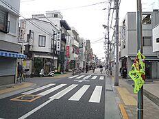 萩中通り商店街:徒歩3分