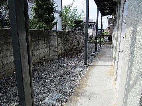 アパート-町田市鶴川5丁目 共用部分の清掃は弊社へお任せ下さい