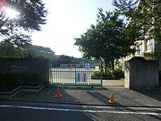 小学校練馬区立大泉北小学校まで311m