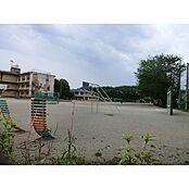 秋津東小学校