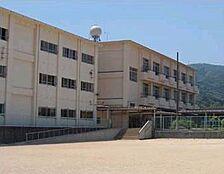 小学校巽小学校まで753m