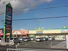 アイモール高砂ショッピングセンター…約80m
