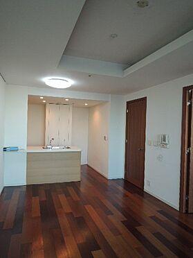 マンション(建物一部)-横浜市神奈川区金港町 居間
