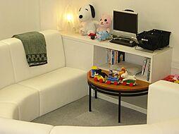 お子様の遊べるキッズコーナーあります(o^^o)おもちゃ・DVDをご用意してお待ちしています。