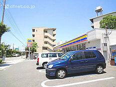 ミニストップ尼崎口田中店  97m