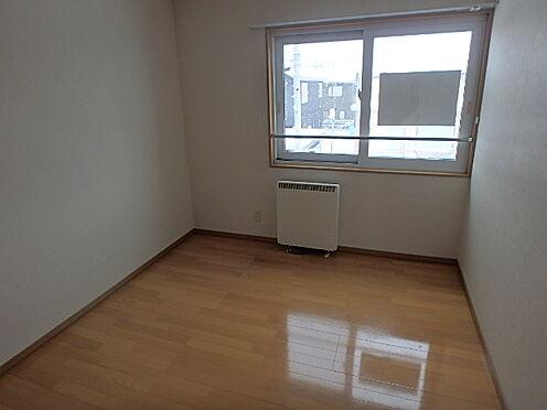 アパート-帯広市西十七条南5丁目 202北洋室 小型蓄熱暖房機付