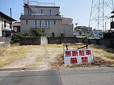 阪急武庫之荘駅徒歩13分。土地面積約67坪の大型物件です。