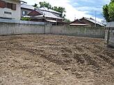 土地広々94坪。ガーデニングや家庭菜園などいかがでしょうか。用途いろいろです。