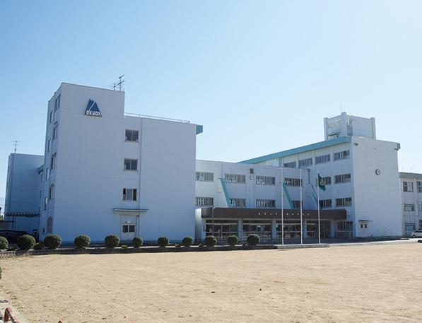富山市立奥田中学校 約230m(徒歩3分)