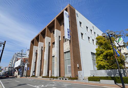 紀陽銀行本店営業部 約80m(徒歩1分)