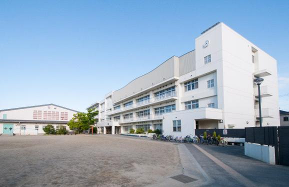 市立通町小学校 約790m(徒歩10分)