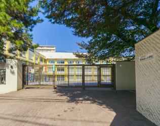 板橋第八小学校 約780m(徒歩10分)