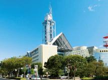 富山市役所 約730m(徒歩10分)