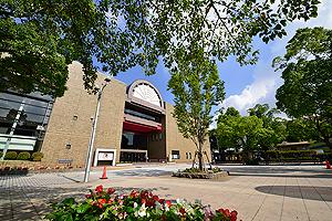 江戸川区総合文化センター 約100m(徒歩2分)