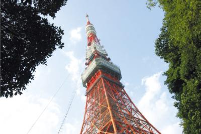 東京タワー 約1,260m(徒歩16分)